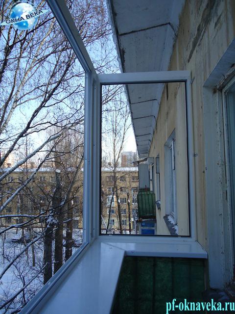 Крыша на балконе, козырек на балкон - установка крыши на бал.